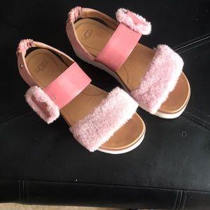 UGG Lefluff wedge Sandal size 7